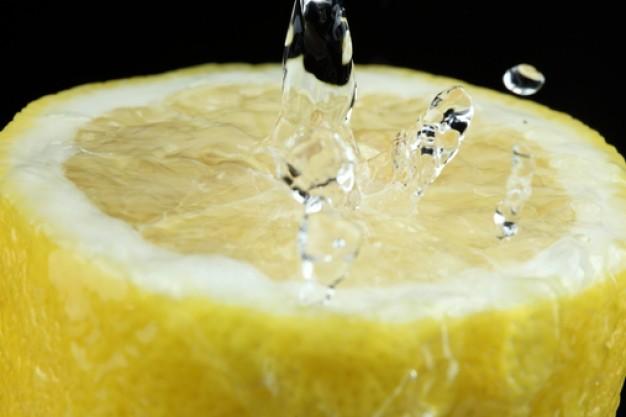 Pres ikke citronen…  ved at spare på dekorationen